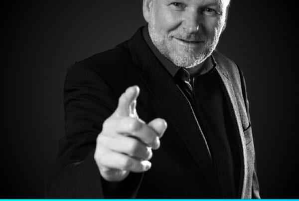 Franz Kuhagen - Strategische Marketingberatung im Baugewerbe im Podcast Arbeit mit Muuße
